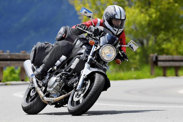 assurance moto ou scooter partir de 125 cm3 axa. Black Bedroom Furniture Sets. Home Design Ideas